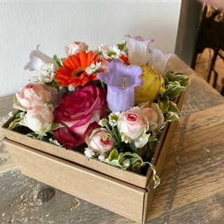 Für Ihren Wellnessgarten - Romantische Rosenbox