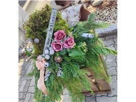 Symbolfoto - Für Ihren Wellnessgarten - mit Trockenrosen und Inschrift