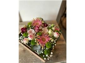 Elegante Blütenbox im Gartencenter Graz - Gartenplanung Steiermark